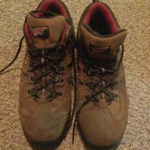 Red wing boot 8.5 steel toe
